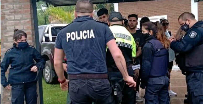 Fiesta clandestina en Casa Quinta Cañuelas