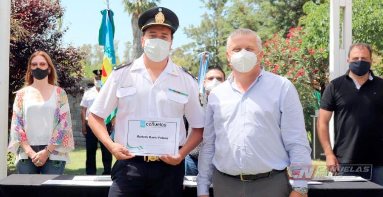 Reconocimientos a policías en Cañuelas