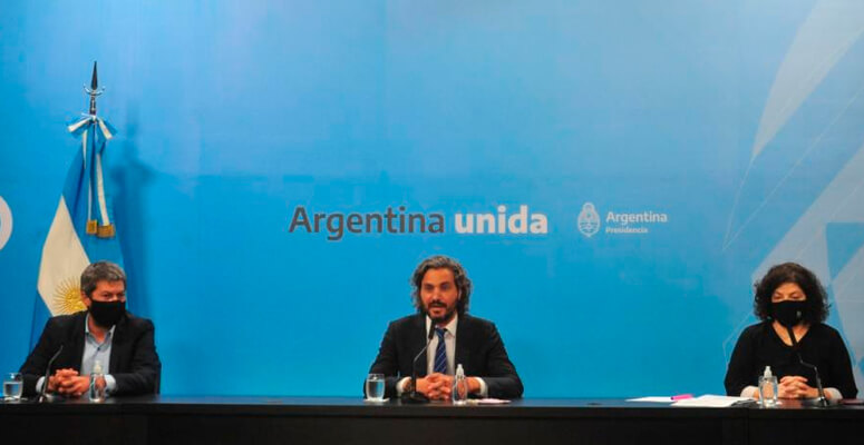 Lammens, Cafiero y Vizzoti durante la conferencia de prensa