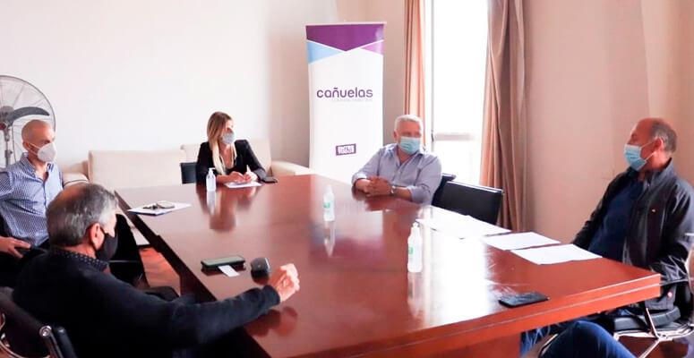 Marisa Fassi reunida con Miguel Tierno y Matías Pastor