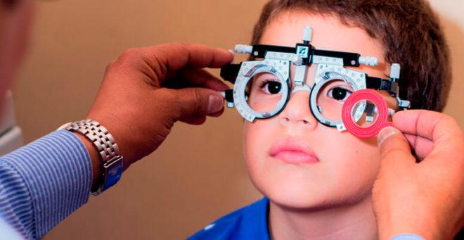 Control oftalmológico de menores.
