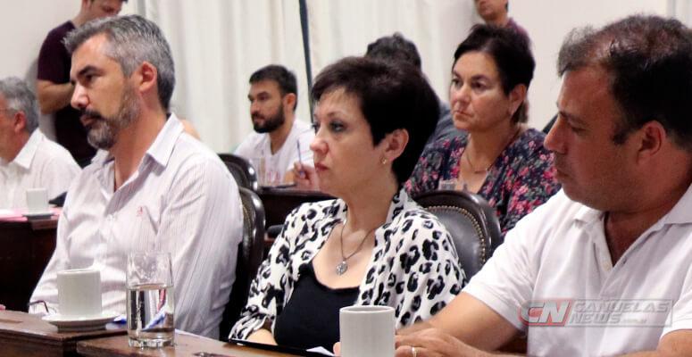 JxC: «Para el oficialismo el vacunatorio Vip no es urgente»