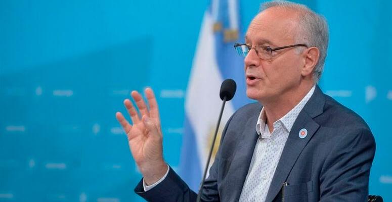 Daniel Gollan, ministro de salud provincial