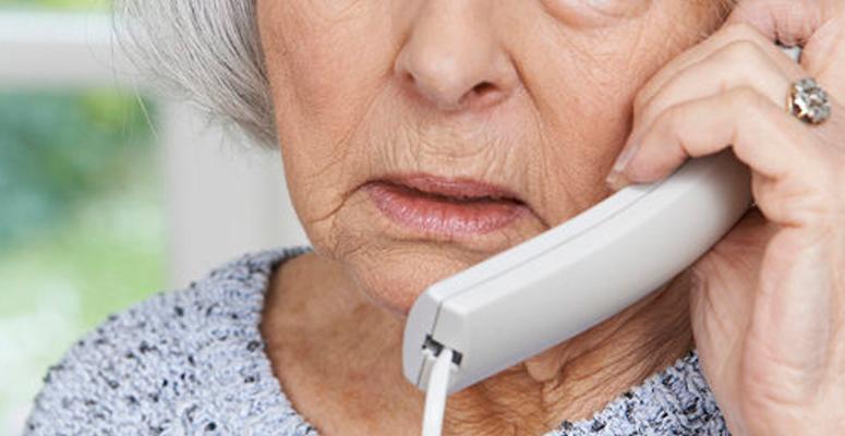 Alerta por estafas a los adultos mayores
