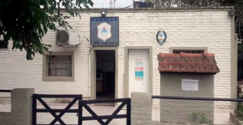Fachada del Destacamento policial en Los Pozos
