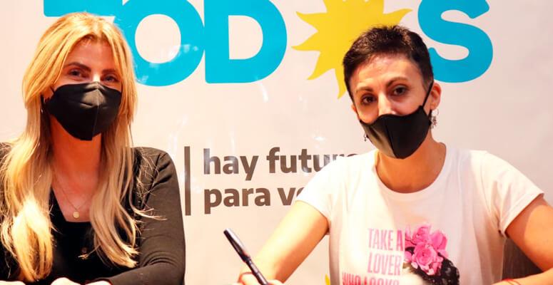 Telma Martines y Marisa Fassi