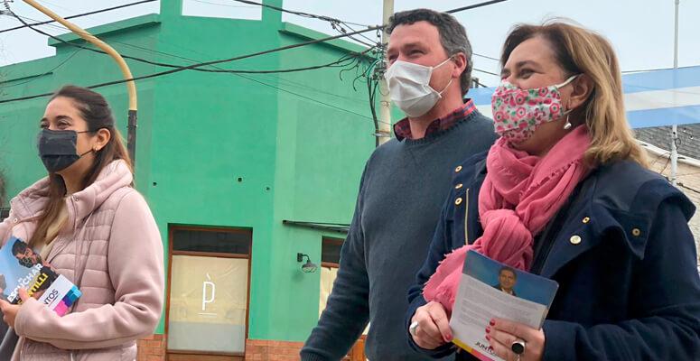 Santiago Mac Goey y Natalia Blasco