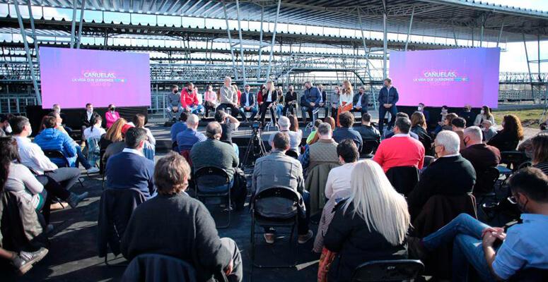 Presentación de candidatos en Cañuelas