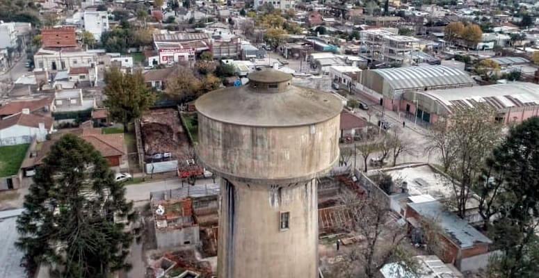 Tanque de agua de la ciudad de Cañuelas
