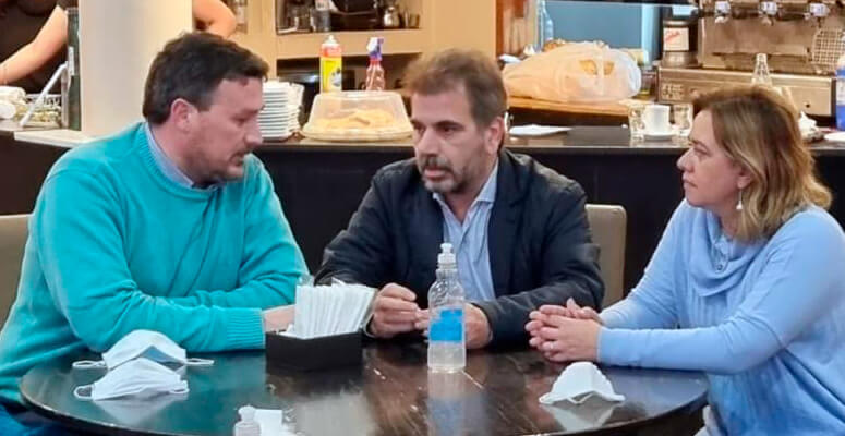 Mac Goey junto a Cristian Ritondo y Natalia Blasco.
